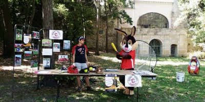 STAND RABBITS JACOU 2015